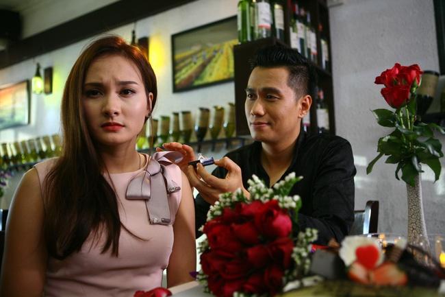 Ban hang tren Facebook an theo phim 'Song chung voi me chong' hinh anh