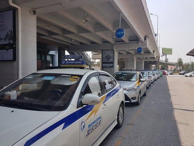 Bo Tai chinh: Khong co chuyen Uber, Grab dong thue it hon hinh anh 1