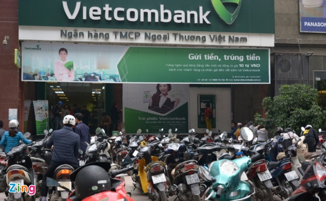 Vietcombank co the thu gan 2.500 ty tu thoai von 5 to chuc tin dung hinh anh