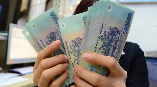 Viet Nam da phai tra 84.700 ty dong tien lai tu cac khoan vay hinh anh
