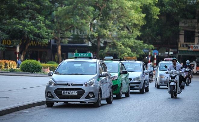Taxi het gia 150.000 dong cho 3 km, shipper 'chanh' khong nhan khach hinh anh