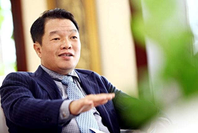 Pho chu tich Kieu Huu Dung xin roi Sacombank hinh anh