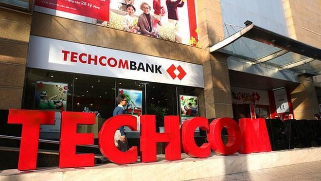 Techcombank ban ESOP bang 1/10 gia thi truong, nhieu sep dang ky mua hinh anh