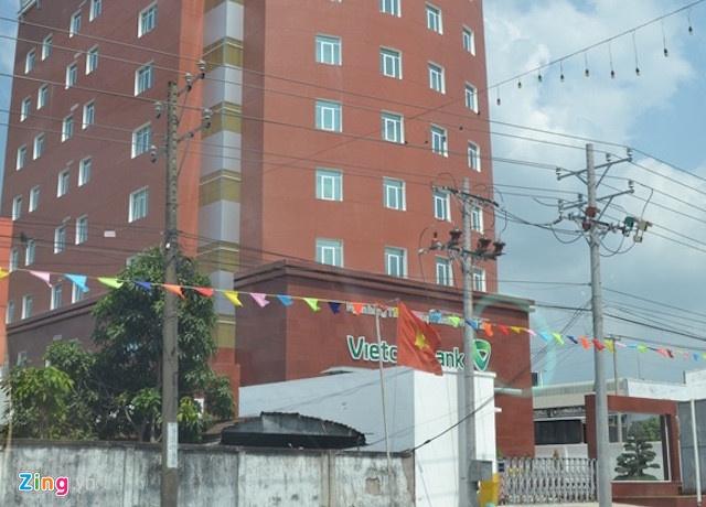 Vietcombank tran tinh vu cuu giam doc CN Tay Do lam mat 1.440 ty dong hinh anh 1