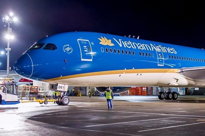 Cung la hang 4 sao, Vietnam Airlines thua Thai Airways toi 40 bac hinh anh