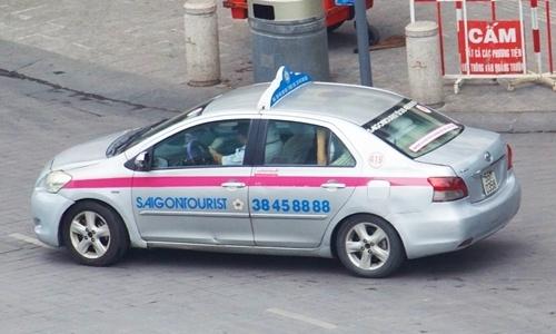 Taxi Saigontourist thua lo suot 5 nam vi mau thuan lanh dao Viet, Nhat hinh anh