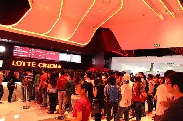 Lotte Cinema bi phat 26,5 trieu dong sau vu may pha sua co gioi hinh anh