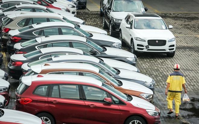 Việt Nam chi 1,64 tỷ USD nhập ôtô ngoại từ đầu năm