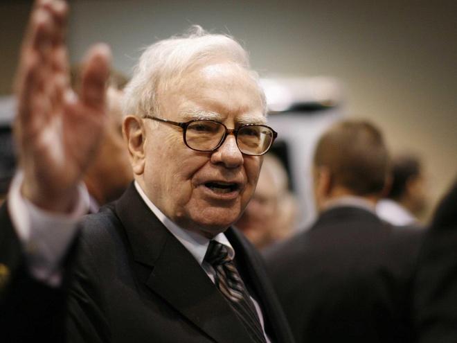 'Che' iPhone X, ty phu Buffett xai dien thoai Samsung gia 20 USD hinh anh 1