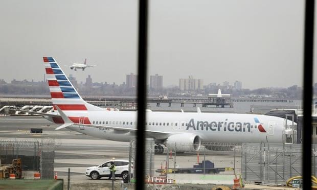 American Airlines tiep tuc huy 115 chuyen bay moi ngay hinh anh 1