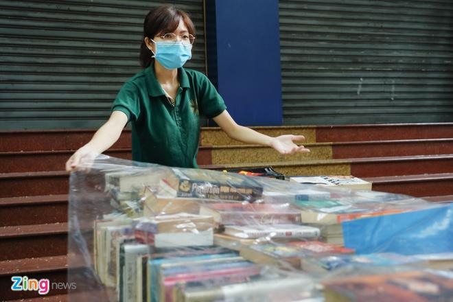 Bo Tai chinh giam 50% phi, le phi trong linh vuc xuat ban hinh anh 1 phosach_Zing_6.jpg