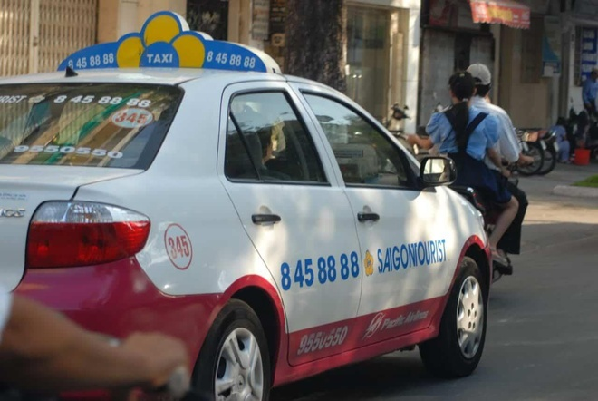 Taxi Saigontourist khong bi mo thu tuc pha san anh 1