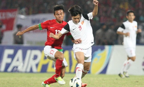 U19 Viet Nam - Myanmar: Bua tiec bong da tan cong hinh anh