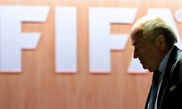 Sepp Blatter tu chuc Chu tich FIFA hinh anh 1