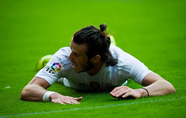 'Bale dang da sai vi tri o Real Madrid' hinh anh