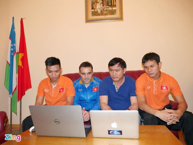 HLV Bruno: 'Futsal VN muon danh bai Thai Lan tai SEA Games' hinh anh 8
