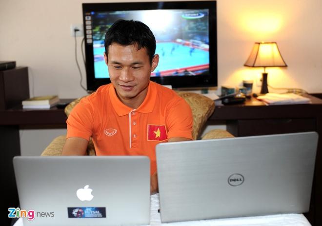 HLV Bruno: 'Futsal VN muon danh bai Thai Lan tai SEA Games' hinh anh 5