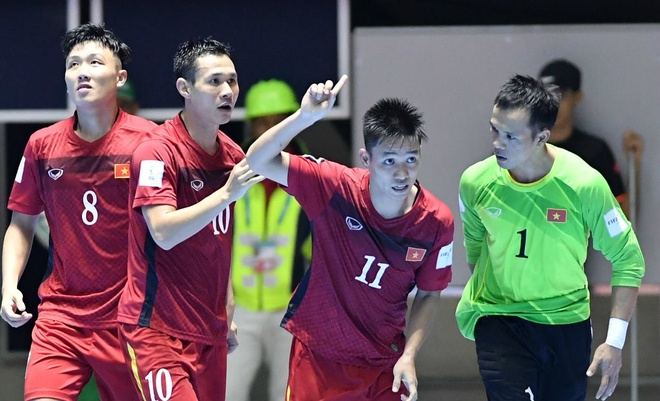 Futsal Viet Nam 4-2 Guatemala: Chien thang lich su hinh anh