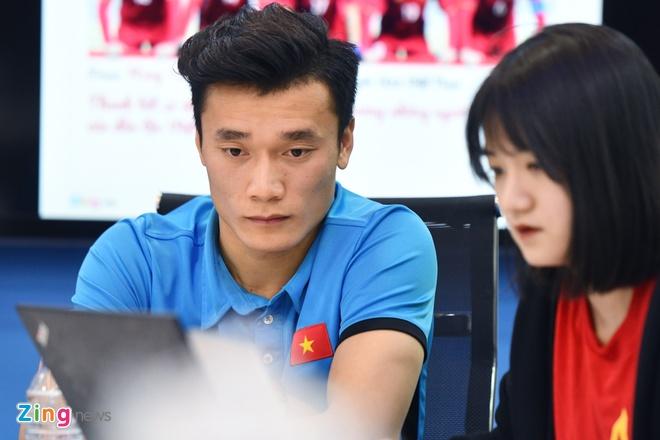 Tien Dung, Cong Phuong: 'Niem tin chua bao gio tat voi U23 Viet Nam' hinh anh 10