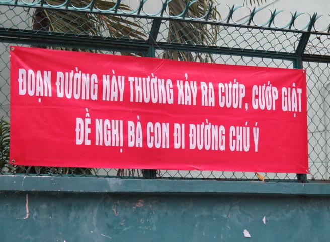 Nguoi Sai Gon treo bang ron chong con nghien cuop giat hinh anh