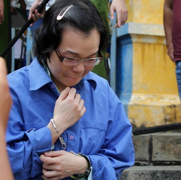 Huyen Nhu xin tra lai ngoi biet thu 43 ty cho me hinh anh