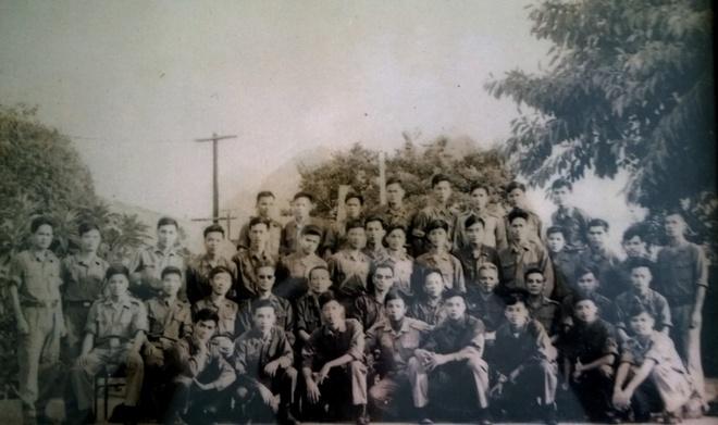 Nguoi cam co giai phong sang 30/4 tai Sai Gon hinh anh 2 Đội bảo vệ phái đoàn trong trại Davis. Ảnh NVCC.