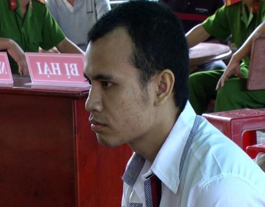 Da chet ban vi cai nhau ve gioi tinh con bo tren lon nuoc hinh anh 1 Đào Văn Thắng tại phiên xét xử lưu động.