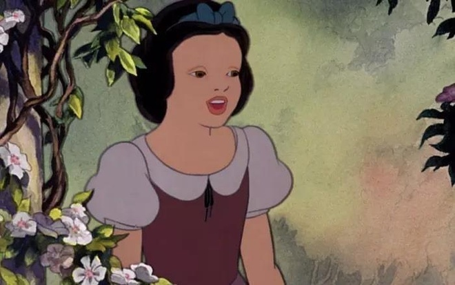 Thu boi lop trang diem di, cac cong chua Disney trong se nhu the nao? hinh anh