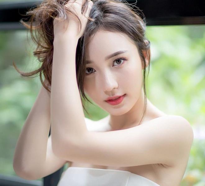 'Nu than xu Chua Vang' noi tieng voi combo 'dep, gioi, da tai' hinh anh 1