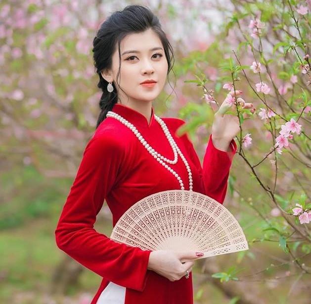 Dan hot girl tai sac cua DH Luat Ha Noi hinh anh 13