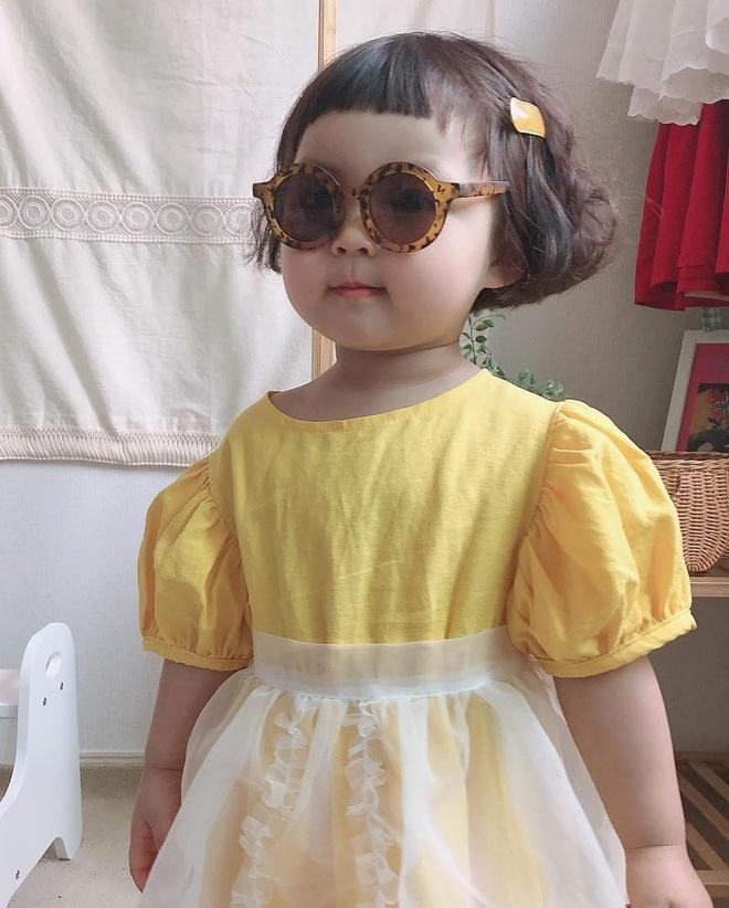 Hot kid Han Quoc duoc goi la thanh meme vi guong mat bieu cam hinh anh 9