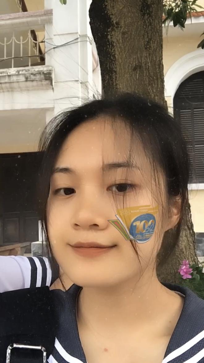 Nam sinh sang tao hieu ung tren mang de an mung truong tron 100 tuoi anh 5