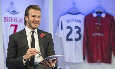 Beckham tiet lo tung bi trom nhin len luc dang ngu hinh anh