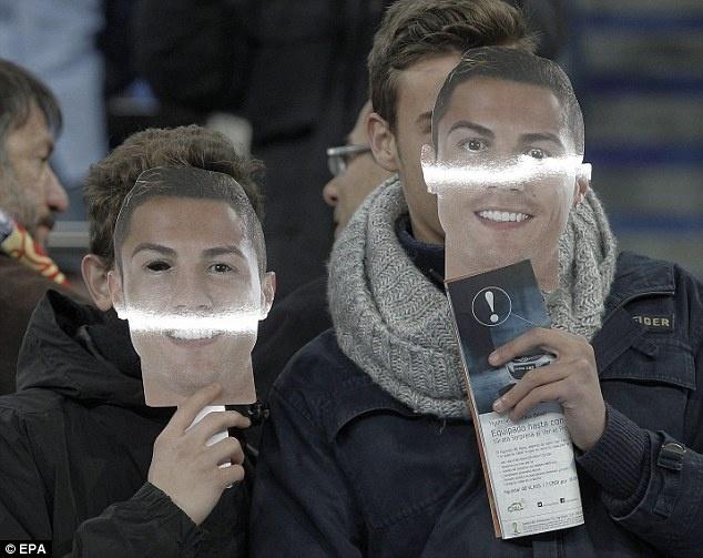 Mot rung Ronaldo ap dao khan dai hinh anh 5