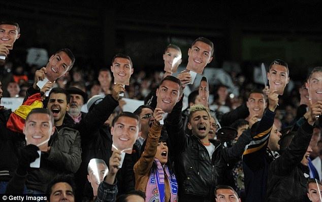 Mot rung Ronaldo ap dao khan dai hinh anh 6