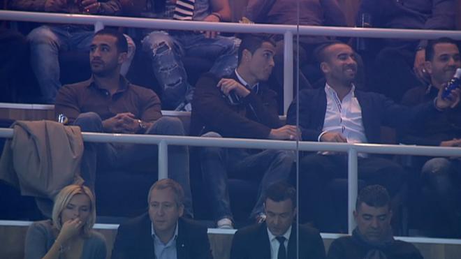 Mot rung Ronaldo ap dao khan dai hinh anh 11