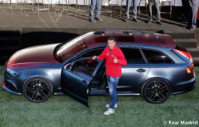 Ronaldo duoc tang sieu xe Audi RS 6 hinh anh 7