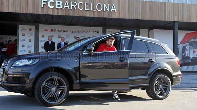 Neymar cung dan sao Barca duoc tang sieu xe hinh anh 6