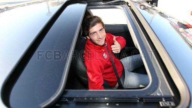 Neymar cung dan sao Barca duoc tang sieu xe hinh anh 11