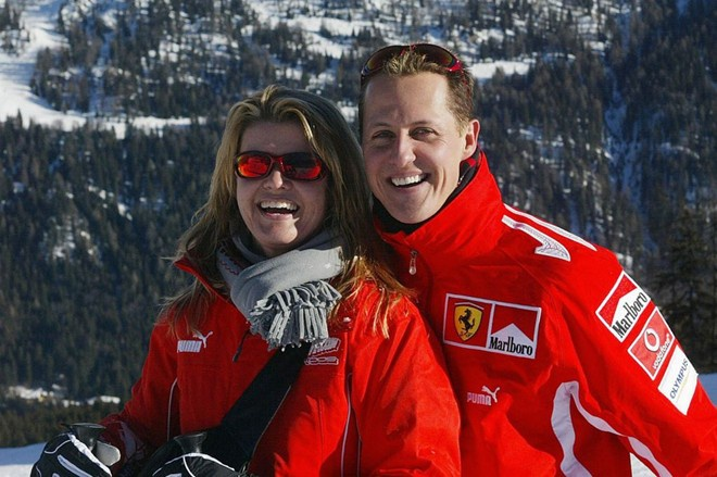 Schumacher viet di chuc cho vo con tu 3 nam truoc hinh anh