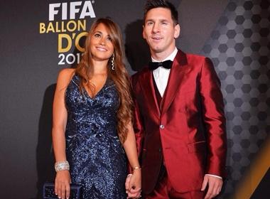 Messi thanh tham hoa thoi trang Gala Qua bong vang 2013 hinh anh