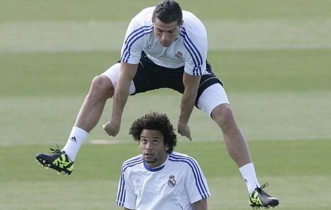 Nhung bai tap giup Ronaldo bat cao nhu 'sieu nhan' hinh anh