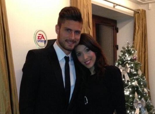 Olivier Giroud quyet dinh chia tay Arsenal vi vo hinh anh