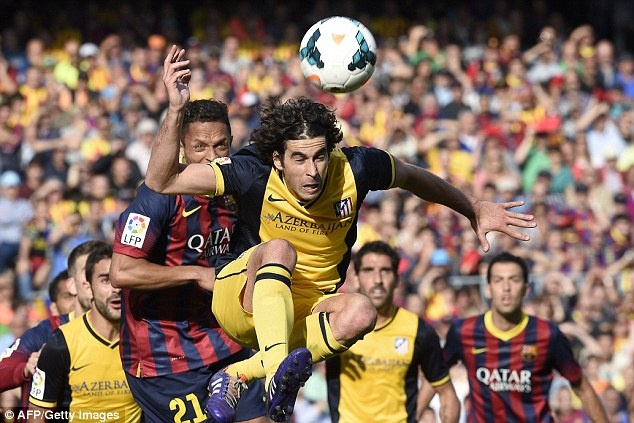 Vuot mat Ronaldo, Suarez dan dau 50 cau thu hay nhat chau Au hinh anh 11