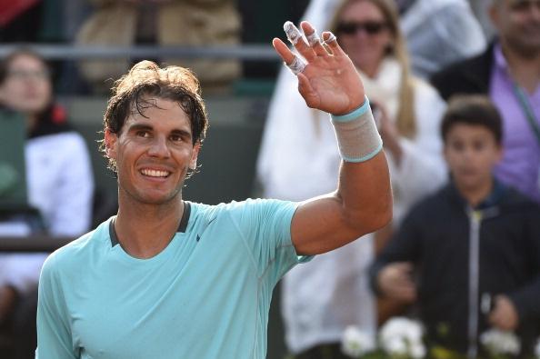 Nadal thang de, Wawrinka thua soc tai vong 1 Roland Garros hinh anh