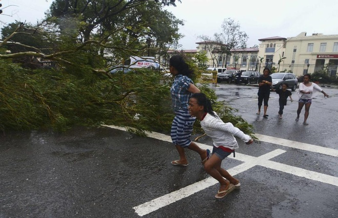 Vi sao Haiyan tro thanh bao manh nhat nam? hinh anh