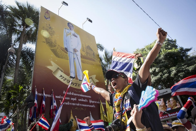 Thu tuong Thai muon thao luan ve hoan bau cu hinh anh