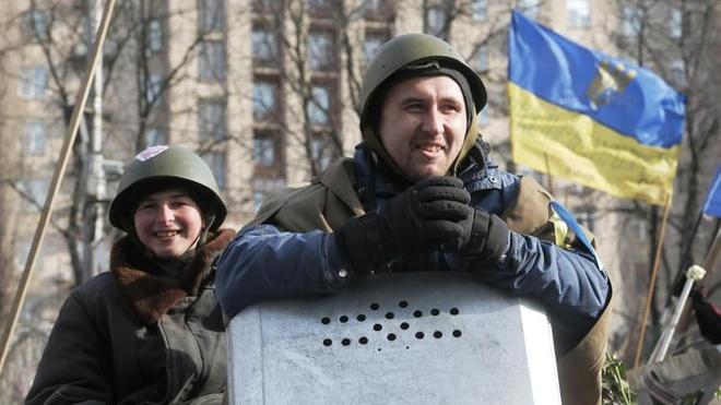 Luc luong quan doi Nga gan Ukraina sap tap tran hinh anh 1