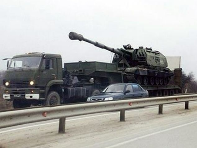 Nga dieu 80.000 binh si toi bien gioi Ukraina hinh anh 1