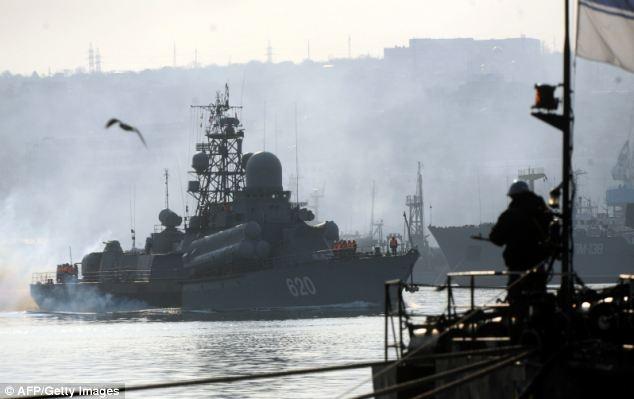Nga dieu 80.000 binh si toi bien gioi Ukraina hinh anh 4